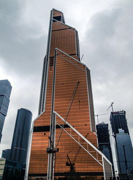 Башня Меркурий Сити Таэур