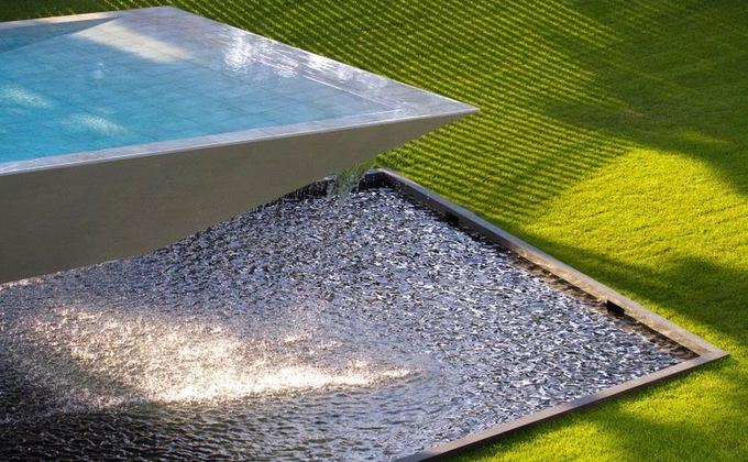 Консольный бассейн